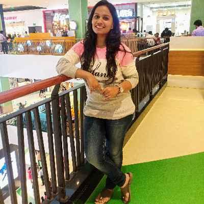 Nivethitha K
